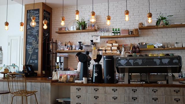 kavárna s barem.jpg