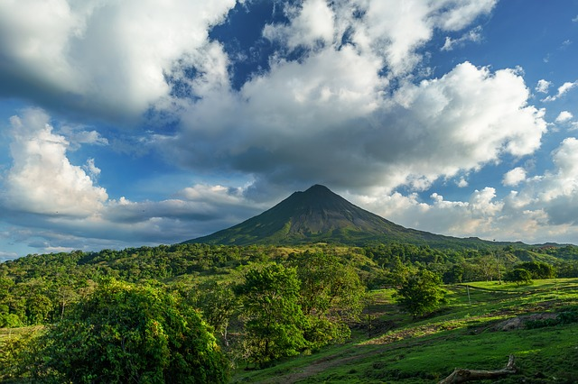 sopka kostariky